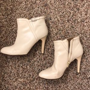 Chloe ankle boots/booties